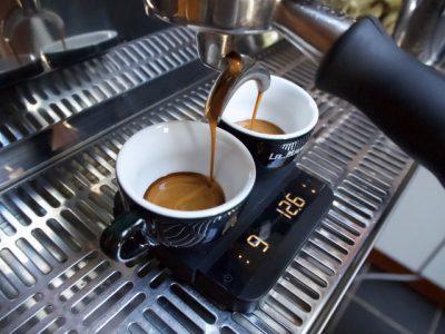 kaffebrygning med vægt