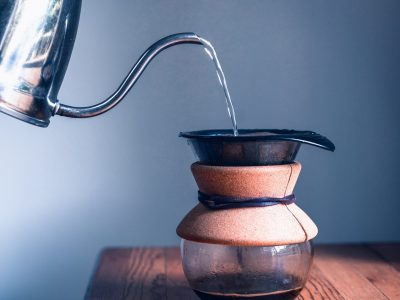 kaffebrygning med kogt vand